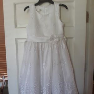 Young girls dress